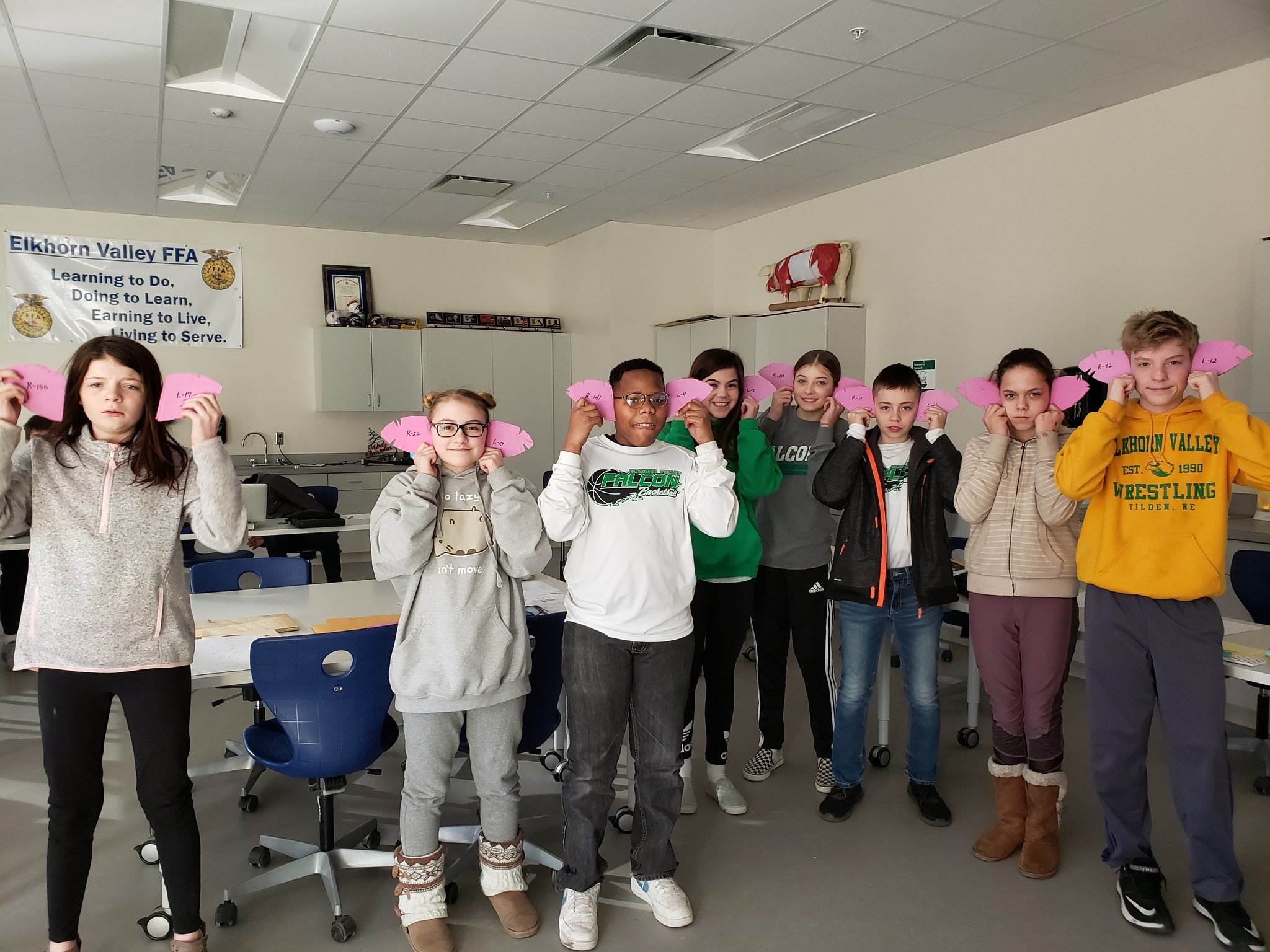 Jr. High Ag Exploratory learned how identify swine notches of pigs